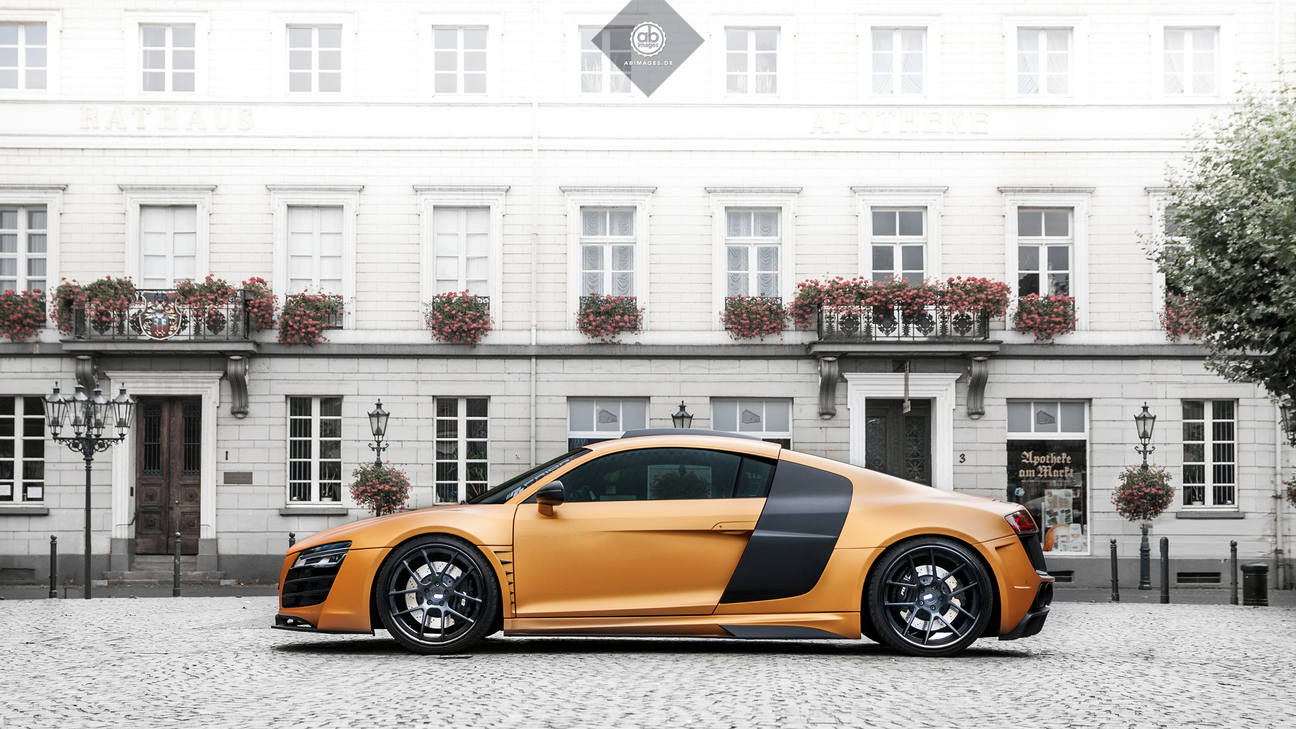 AB.IMAGES - DESKTOP WALLPAPER - AUDI R8 PRIORDESIGN ADV1